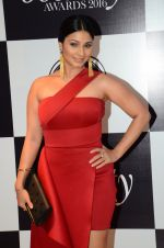 Tanisha Mukherjee at Vogue Beauty Awards 2016 on 27th July 2016 (34)_579a0a5515e7f.JPG