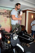John Abraham at Sofit event on 28th July 2016 (51)_579afa5e37f3a.JPG