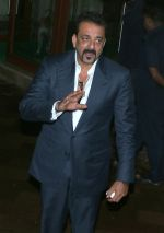 Sanjay Dutt on eve of his bday on 28th July 2016 (5)_579af9ccc4923.jpg