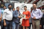 Sunny Leone visit Walmart store to promote her new perfume brand Lust on 29th July 2016 (1)_579b837ce5135.jpg