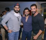 abhishek bachan,Ali Abbas Zafar,john at Dishoom screening in yashraj, Mumbai on 28th July 2016_579afdeecf903.jpg