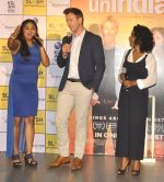 Brett Lee, Tannishtha Chatterjee at Oberoi mall event on 29th July 2016 (25)_579cc2c77fddb.JPG