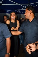 Deepika Padukone snapped on 29th July 2016 (31)_579c7d69f4161.JPG
