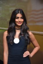 Pooja Hegde snapped in Mumbai on 29th July 2016 (82)_579c7e19207a1.JPG