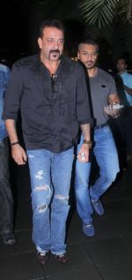 Sanjay Dutt snapped post dinner on 29th July 2016 (1)_579c7f82ad198.JPG