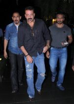 Sanjay Dutt snapped post dinner on 29th July 2016 (12)_579c7f93ca6ac.JPG