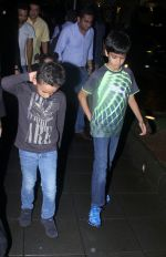 Sanjay Dutt snapped post dinner on 29th July 2016 (2)_579c7f850002b.JPG
