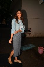 Shilpa Shetty snapped post ad shoot on 29th July 2016 (14)_579c7f013a961.JPG