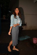 Shilpa Shetty snapped post ad shoot on 29th July 2016 (15)_579c7f0344195.JPG