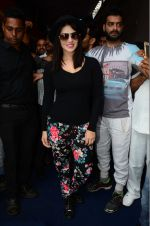 Sunny Leone at mahuratof Tera Intezaar movie on 29th July 2016 (135)_579c7d317e0cd.JPG