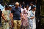 at Rajjat Barjatya funeral on 30th July 2016 (93)_579cc28835a67.JPG