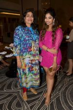 Arti Sarin with Anandita De at The Drawing Room in St Regis Mumbai on 30th July 2016_579da651951e4.JPG