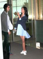 Hrithik Roshan and Pooja Hegde snapped as they leave for Hyderabad on 31st July 2016 (1)_579ee9e589523.JPG