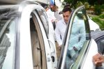 Salman Khan at Rajat Barjatya prayer meet on 31st July 2016  (25)_579ee9c0926ce.JPG