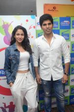 Allu Sirish and Lavanya Tripathi during the promotion of Telugu movie Srirastu Subhamastu at Radio City on 2nd August 2016  (27)_57a09c9fbc49b.JPG
