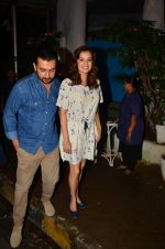 Dia Mirza and Sahil Sangha on a dinner date on 1st Aug 2016 (3)_57a021d4a0ade.JPG