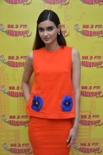 Diana Penty at Radio Mirchi studio to promote their upcoming film Happy Bhag Jayegi on August 2nd 2016 (1)_57a0ac1c08b0a.JPG