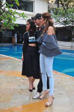 Ileana D_Cruz, Akshay Kumar, Esha Gupta at Rustom promotions in Mumbai on 1st Aug 2016 (18)_57a016849f183.JPG