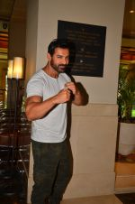John Abraham promote Dishoom on 1st Aug 2016 (19)_57a015eac75ef.JPG