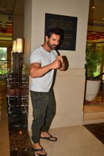 John Abraham promote Dishoom on 1st Aug 2016 (23)_57a015ee5c10a.JPG