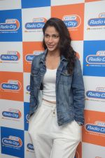 Lavanya Tripathi during the promotion of Telugu movie Srirastu Subhamastu at Radio City on 2nd August 2016  (16)_57a09d127bb4d.JPG