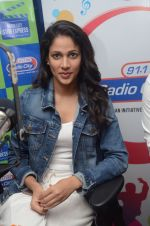 Lavanya Tripathi during the promotion of Telugu movie Srirastu Subhamastu at Radio City on 2nd August 2016  (14)_57a09d0d99e42.JPG