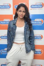 Lavanya Tripathi during the promotion of Telugu movie Srirastu Subhamastu at Radio City on 2nd August 2016  (50)_57a09d50bc03b.JPG