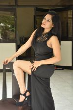 Revathi Chowdary Photoshoot (6)_57a020042dce2.JPG