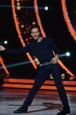 Tiger Shroff during the promotion of film A Flying Jatt on the sets of reality dance show Jhalak Dikhhla Jaa season 9 in Mumbai, India on August 2 2016 (8)_57a09e07d4a7f.jpg