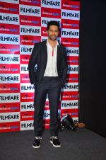 Varun Dhawan at filmfare cover launch on 1st Aug 2016 (2)_57a02202c1ef6.JPG