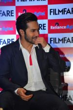 Varun Dhawan at filmfare cover launch on 1st Aug 2016 (7)_57a01c57c1d73.jpg