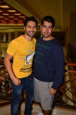 Varun Dhawan promote Dishoom on 1st Aug 2016 (15)_57a01605b7fb2.JPG
