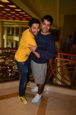 Varun Dhawan promote Dishoom on 1st Aug 2016 (19)_57a0160880d3f.JPG