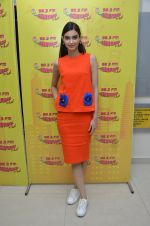 Diana Penty at Radio Mirchi studio to promote their upcoming film Happy Bhag Jayegi on August 2nd 2016 (4)_57a16ec24fe32.JPG