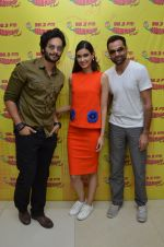 Diana Penty, Ali Fazal, Abhay Deol at Radio Mirchi studio to promote their upcoming film Happy Bhag Jayegi on August 2nd 2016 (3)_57a16eb967586.JPG