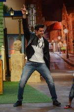 Hrithik Roshan promote Mohenjo Daro on the sets of The Kapil Sharma Show on 2nd Aug 2016 (133)_57a173649dcb4.JPG