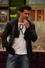 Hrithik Roshan promote Mohenjo Daro on the sets of The Kapil Sharma Show on 2nd Aug 2016 (140)_57a1736c8544d.JPG