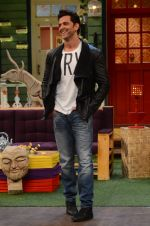 Hrithik Roshan promote Mohenjo Daro on the sets of The Kapil Sharma Show on 2nd Aug 2016 (142)_57a1736e23db1.JPG