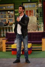 Hrithik Roshan promote Mohenjo Daro on the sets of The Kapil Sharma Show on 2nd Aug 2016 (143)_57a1736eea0d8.JPG