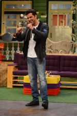 Hrithik Roshan promote Mohenjo Daro on the sets of The Kapil Sharma Show on 2nd Aug 2016 (158)_57a173831576e.JPG