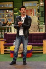 Hrithik Roshan promote Mohenjo Daro on the sets of The Kapil Sharma Show on 2nd Aug 2016 (160)_57a17387747c3.JPG