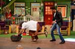 Hrithik Roshan promote Mohenjo Daro on the sets of The Kapil Sharma Show on 2nd Aug 2016 (171)_57a1739737a73.JPG