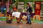 Hrithik Roshan promote Mohenjo Daro on the sets of The Kapil Sharma Show on 2nd Aug 2016 (174)_57a1739d54a81.JPG