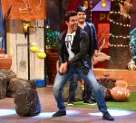 Hrithik Roshan promote Mohenjo Daro on the sets of The Kapil Sharma Show on 2nd Aug 2016 (5)_57a17348875f8.JPG
