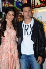 Hrithik Roshan, Pooja Hegde promote Mohenjo Daro on the sets of The Kapil Sharma Show on 2nd Aug 2016 (24)_57a173ec9a672.JPG