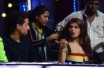 Jacqueline Fernandez during the promotion of film A Flying Jatt on the sets of reality dance show Jhalak Dikhhla Jaa season 9 in Mumbai, India on August 2 2016 (131)_57a18aaac0f97.JPG