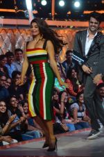 Jacqueline Fernandez during the promotion of film A Flying Jatt on the sets of reality dance show Jhalak Dikhhla Jaa season 9 in Mumbai, India on August 2 2016 (121)_57a18aa4ce9a3.JPG