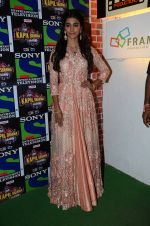 Pooja Hegde promote Mohenjo Daro on the sets of The Kapil Sharma Show on 2nd Aug 2016 (37)_57a172deae9f6.JPG