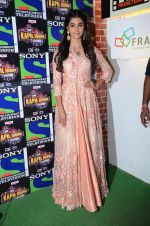 Pooja Hegde promote Mohenjo Daro on the sets of The Kapil Sharma Show on 2nd Aug 2016 (38)_57a172e0253c4.JPG