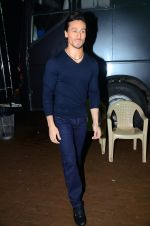Tiger Shroff during the promotion of film A Flying Jatt on the sets of reality dance show Jhalak Dikhhla Jaa season 9 in Mumbai, India on August 2 2016 (5)_57a18bca6de27.JPG